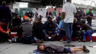 """Кметът на Тихуана обяви """"хуманитарна криза"""" заради мигрантите"""