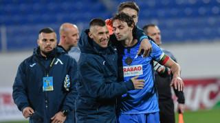 Левски започва преговори с куп основни футболисти