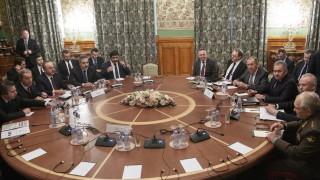 Има ли мирно решение ребусът Либия?