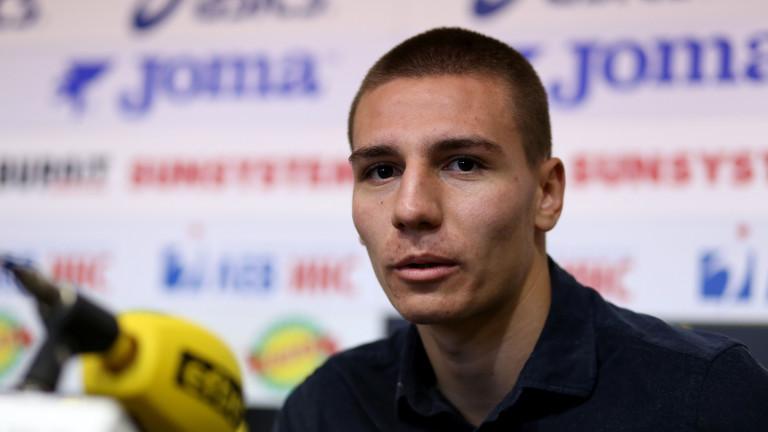 Валентин Антов ще е вторият българин в историята на Болоня