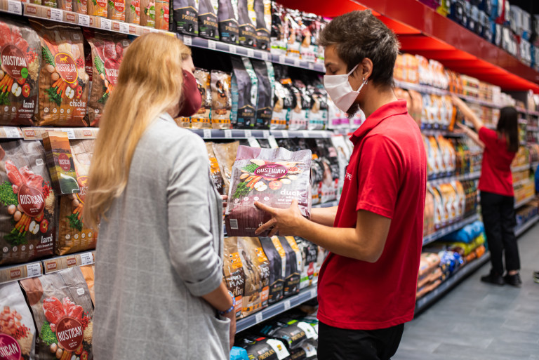 Експерти ще ви помогнат да изберете най-подходящите продукти за вашия домашен любимец, според техните нужди