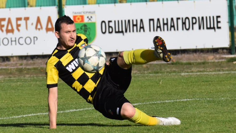 Тодор Неделев вече е изиграл последния си мач за Ботев (Пд)?