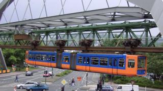 Столичните пенсионери поискаха висяща железница
