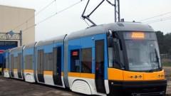 Столичани се возят в 13 нови трамвая от октомври