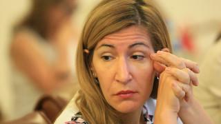 Ангелкова обезпокоена от фиксацията върху нейната личност