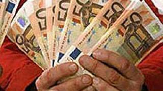 Полша обещава референдум за евро през 2010 г.