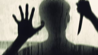 71-годишен се опитал да блудства с непълнолетна в столичен автобус
