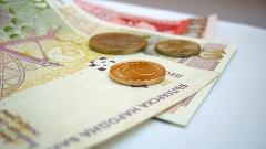 Бизнесът не иска да увеличава заплатите през 2012-та