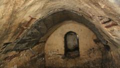 Откриха късно антична гробница в София