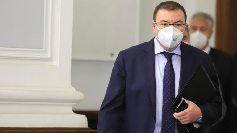 Проф. Костадин Ангелов: От COVID-19 паднаха всички маски, но гражданите да си ги носят