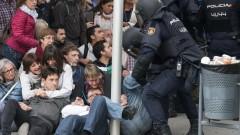 Расте броят на ранените при сблъсъците в Каталуния