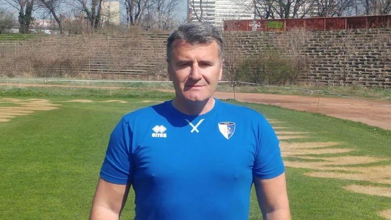 Бивш треньор в ЦСКА започна работа в Левски-Раковски. Като част
