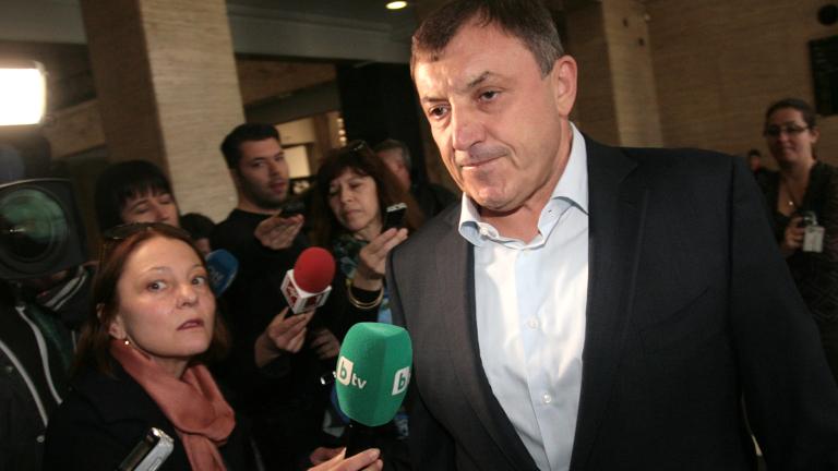 Алексей Петров обмисля кандидатиране за президент