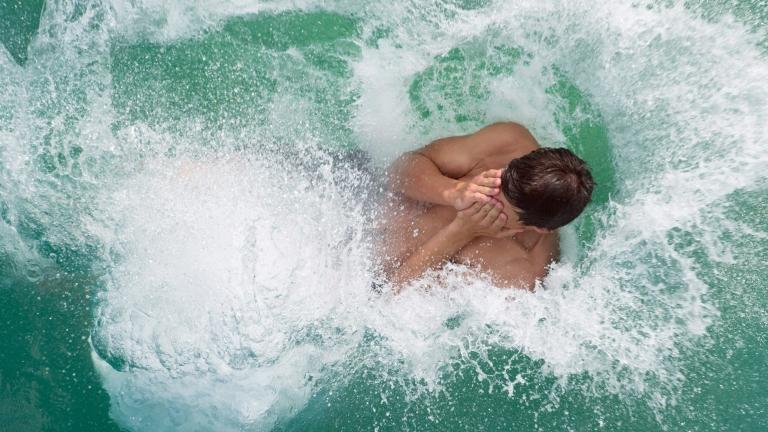 Проверяват плувните басейни и плажове в страната