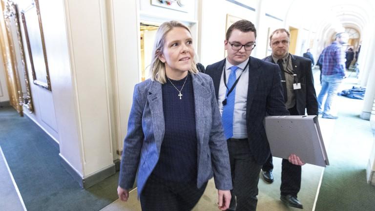 Съобщение на правосъдния министър на Норвегия в социална мрежа доведе