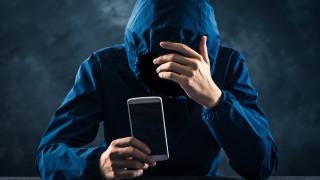 Как Facebook ще предотвратява самоубийства