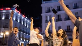 """След 401 дни: Испания каза """"край"""" на маските на открито"""
