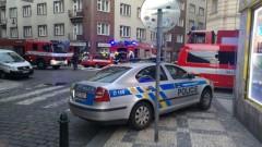 Евакуираха стотици хора заради теч на газ в центъра на Прага, има обгазени