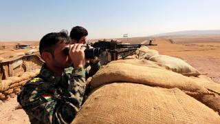 Цивилен загина при ракетна атака срещу американска база в Ирак