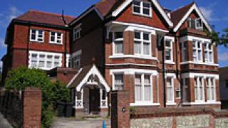 Значително количество непродадени жилища във Великобритания