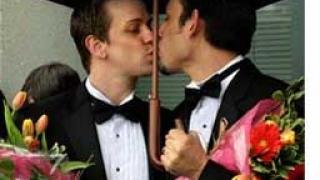 В Нова Зеландия бяха сключени първите гей бракове