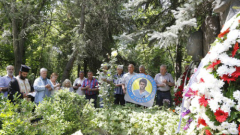 Ветерани и фенове почетоха паметта на Гунди и Котков