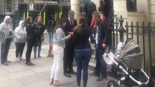 Захариева разпореди бързо консулско обслужване в Лондон