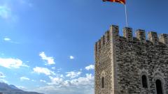 Македонски медии скочиха срещу искането Албания да признае българското малцинство
