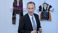 МОН въвежда дистанционно обучение по български език в чужбина