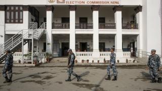 Непал провежда първите местни избори от 20 години