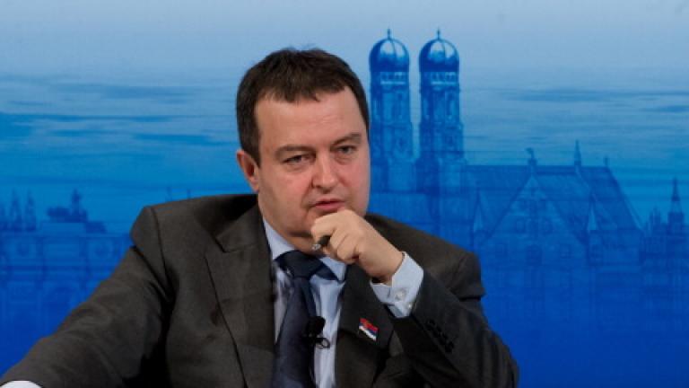 Сръбските дипломати се връщат в Македония
