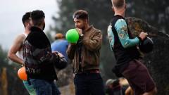Освен Слънчев бряг, балоните с дрога завладяха Гластънбъри (СНИМКИ)