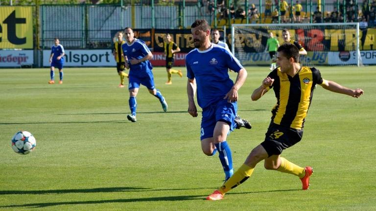 Ботев (Пд) изгуби важен футболист за следващите си два мача