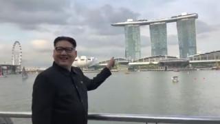 Имитатор на Ким Чен-ун е държан часове на летището в Сингапур