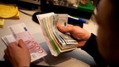 ЕК удължава срока за въвеждането на разплащателната система SEPA