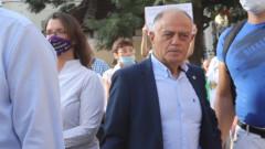 Борисов стискал властта, защото иска да дойдат парите от Европа