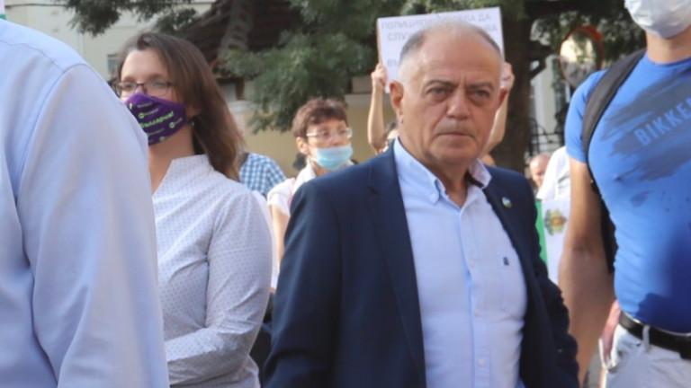 Атанасов иска настойчивост, за да се стигне до предсрочни избори