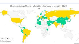 Половин милиард ученици не са на училище