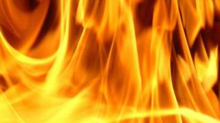 Десетки бедстват на горяща лодка край бреговете на Калифорния