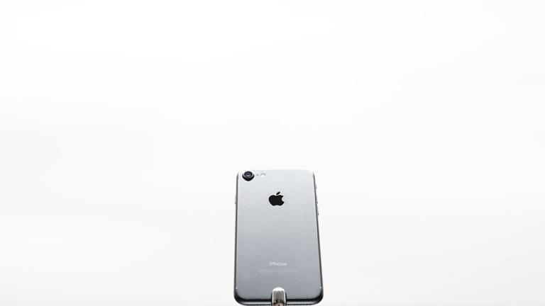 Ето какви са реалните цени на всички модели iPhone от 2011-а досега