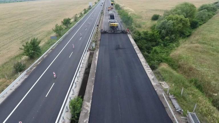 """От днес движението между 5-и и 9-и км на АМ """"Тракия"""" е двупосочно в обновеното платно за Бургас"""