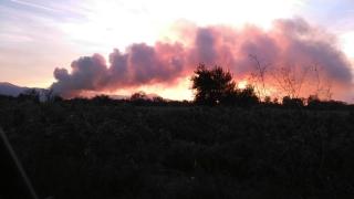 Запали се сметището край Дупница