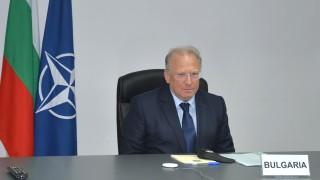 Външният ни министър поиска пред НАТО укрепване на отбраната