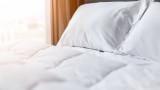 Срив от 56% на приходите отчитат хотелите и местата за настаняване у нас за март