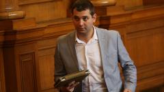 В партията на Кунева засега не мислят за оставки