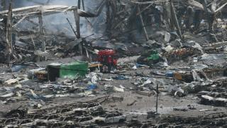 Откриха оцелял сред отломките от взрива в Китай
