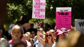 Хиляди жени протестираха срещу Тръмп в Австралия и Нова Зеландия