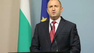 Румен Радев обвини властта за режисура на провокациите