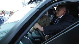 Борисов разгледа полицията в Дубай