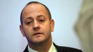 МОСВ да остане под контрола на ВМРО е катастрофа, тревожи се Радан Кънев